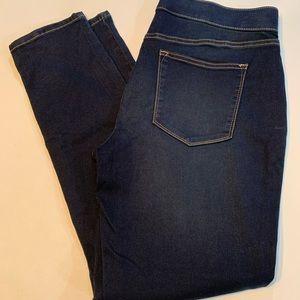 Sonoma Women's Skinny Jeans!  Like new!!